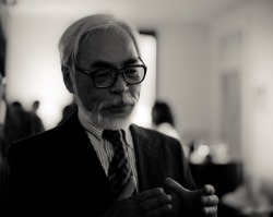http://genuinearticle.files.wordpress.com/2009/07/miyazaki-14.jpg